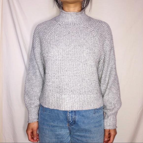 American Eagle Outfitters gray mocknek sweater S